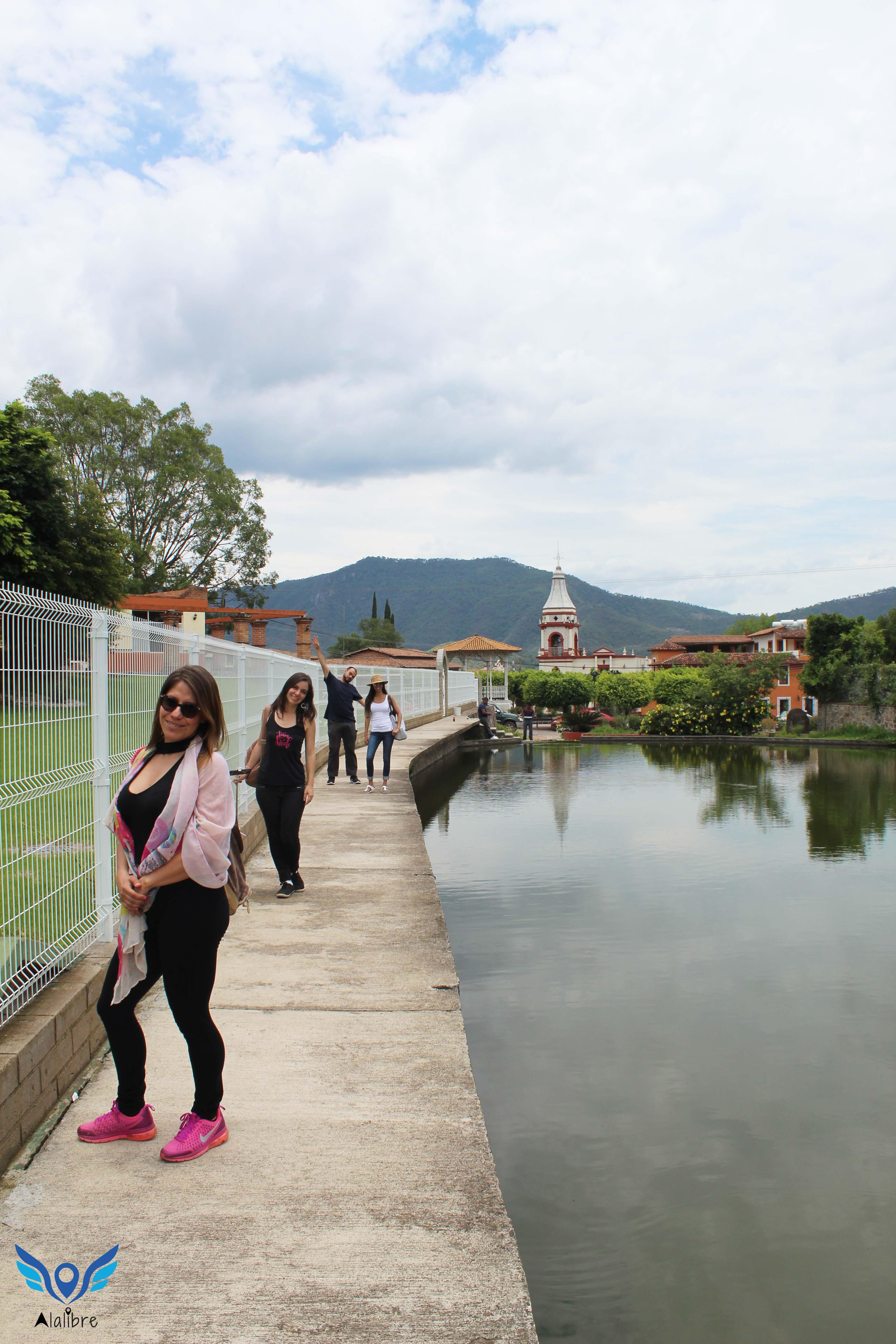 Posing at La Yerbabuena.