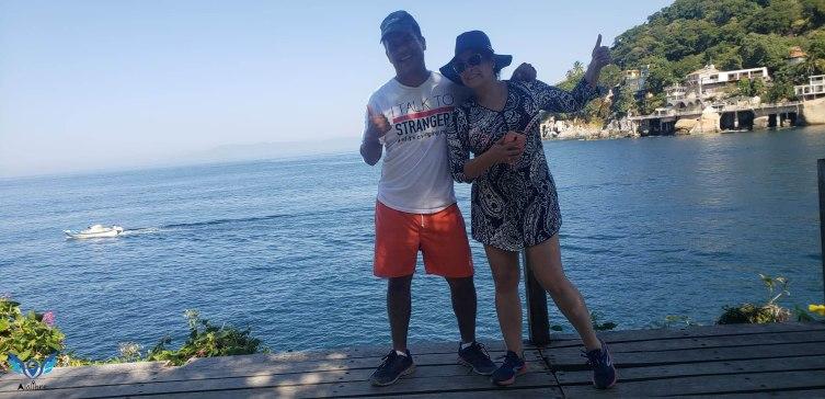 Israel y Julia en Boca de Tomatlán.